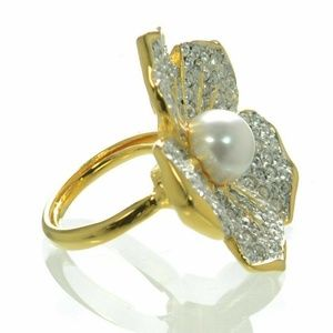 KENNETH LANE Crystal Pearl Flower Cocktail Ring
